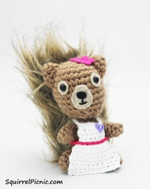 Crochet an apron for your squirrel friend.
