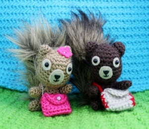 satchel-or-purse-crochet-pattern-from-squirrel-picnic