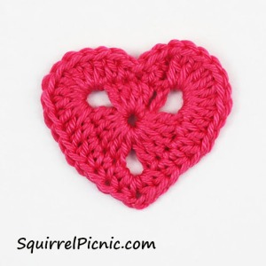 squirrel-sized-valentine-heart-by-squirrel-picnic